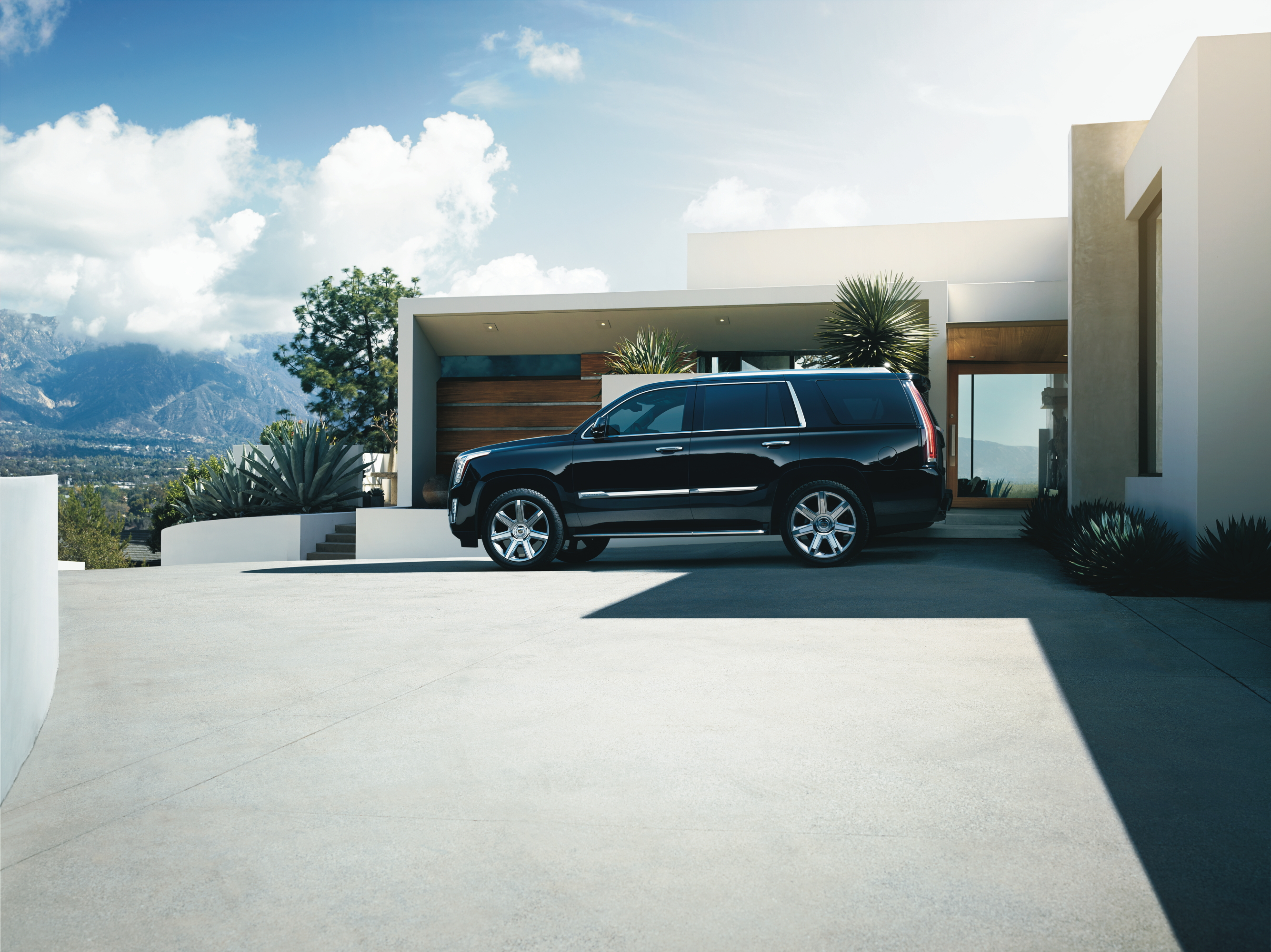 Motorworld Mileone Autogroup 2016 Cadillac Escalade