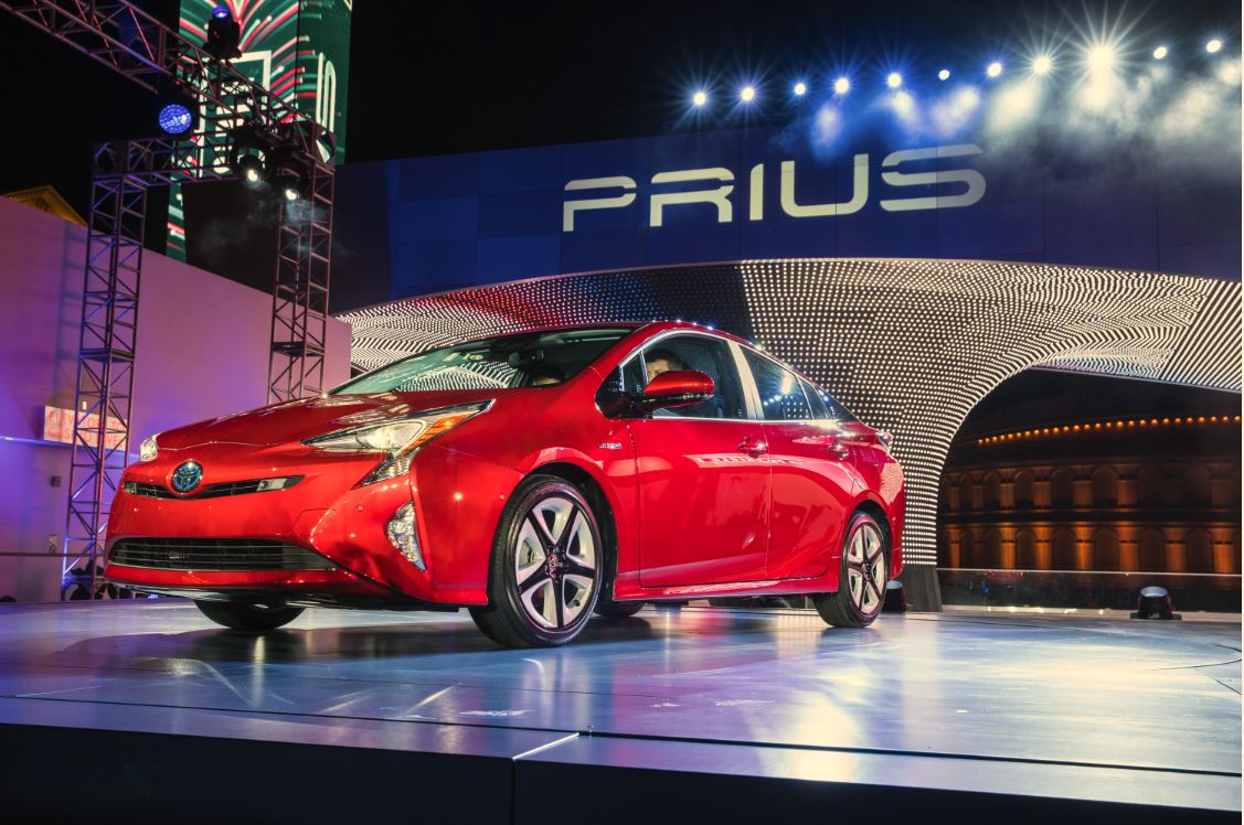 fred haas toyota world new 2016 prius debuts in las vegas. Black Bedroom Furniture Sets. Home Design Ideas