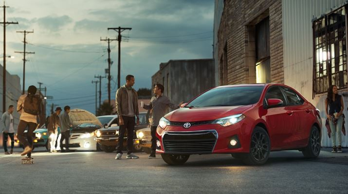fred haas toyota world 2016 toyota corolla review. Black Bedroom Furniture Sets. Home Design Ideas