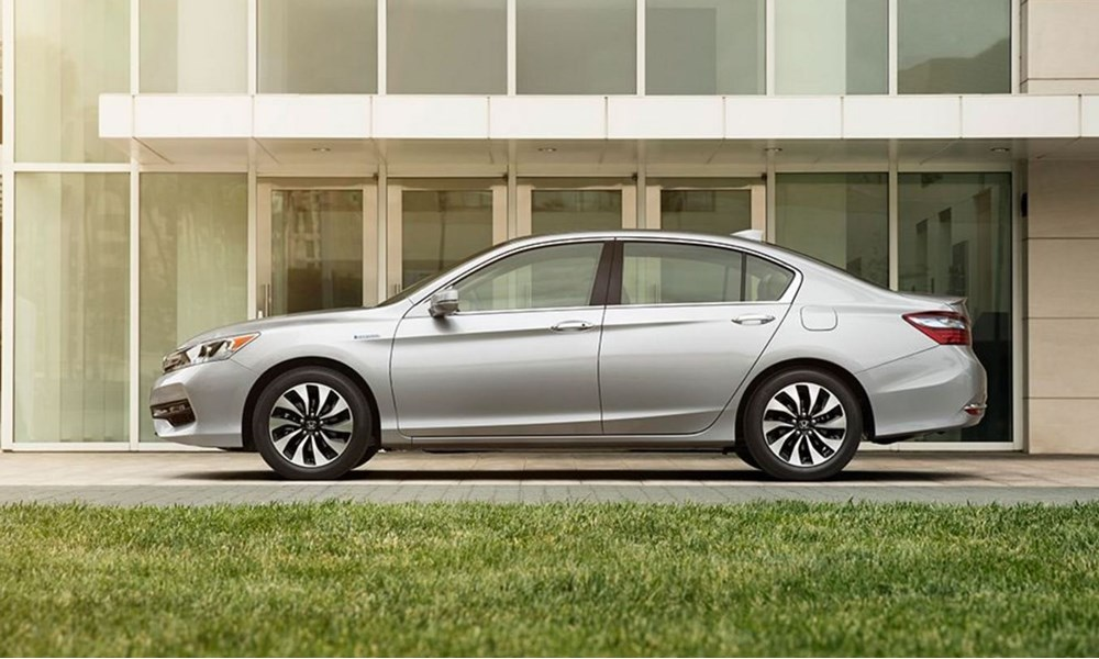 honda world downey more to love with all new 2017 accord hybrid. Black Bedroom Furniture Sets. Home Design Ideas