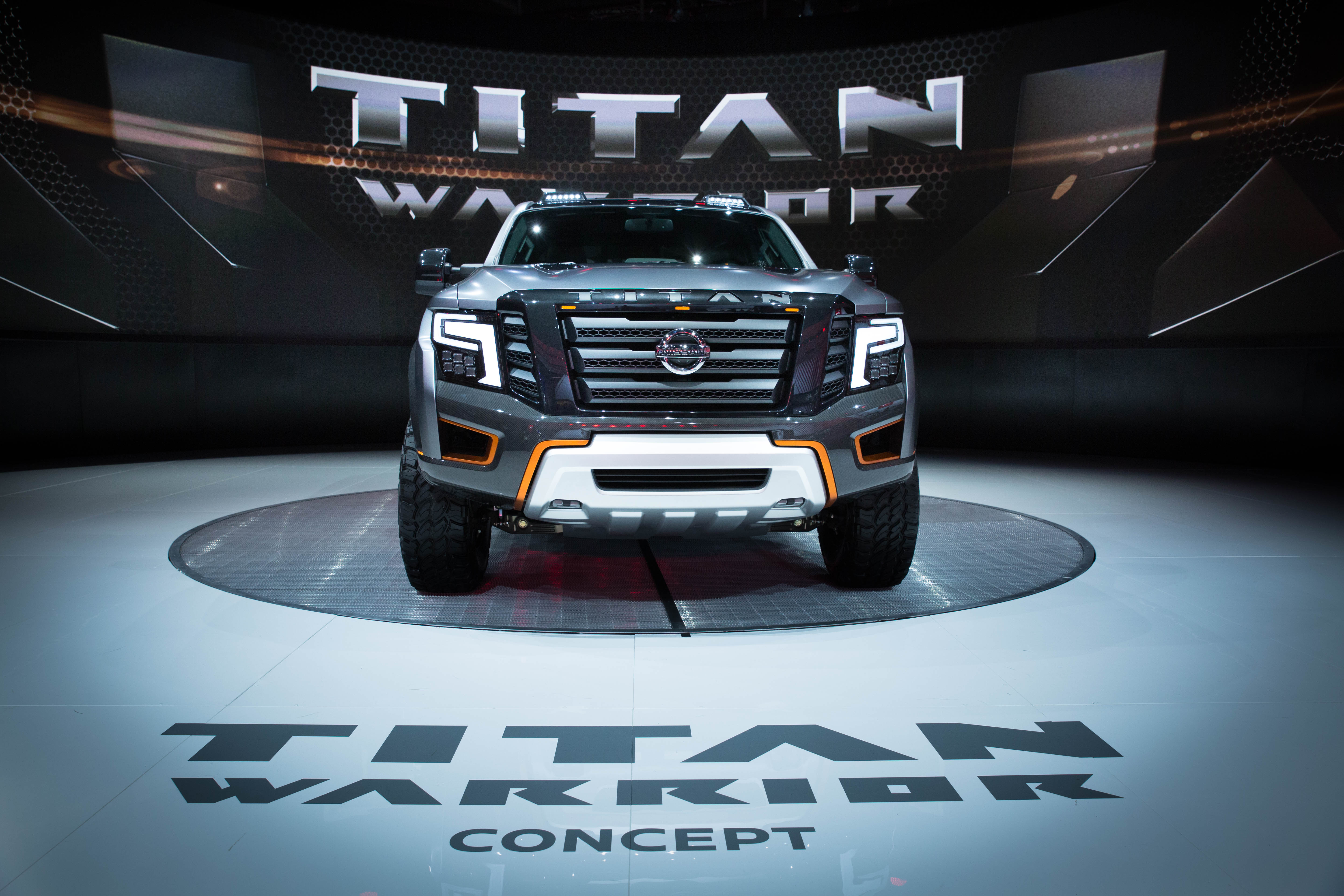clay cooley nissan austin titan warrior concept and ids concept steal spotlight at detroit. Black Bedroom Furniture Sets. Home Design Ideas