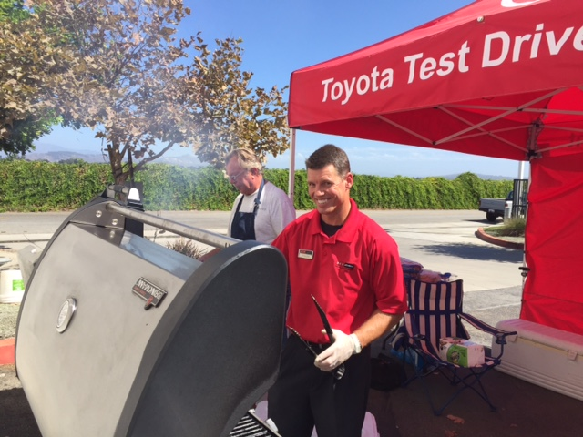 Toyota Of Oxnard >> Dch Toyota Of Oxnard Dch Toyota Of Oxnard Hosts Employee