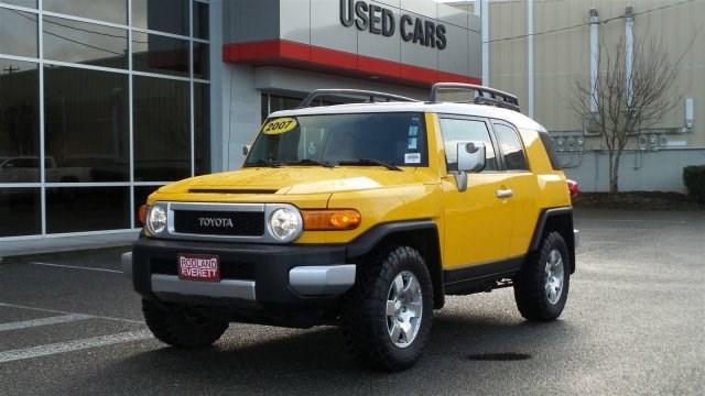 Used FJ Cruiser Yellow